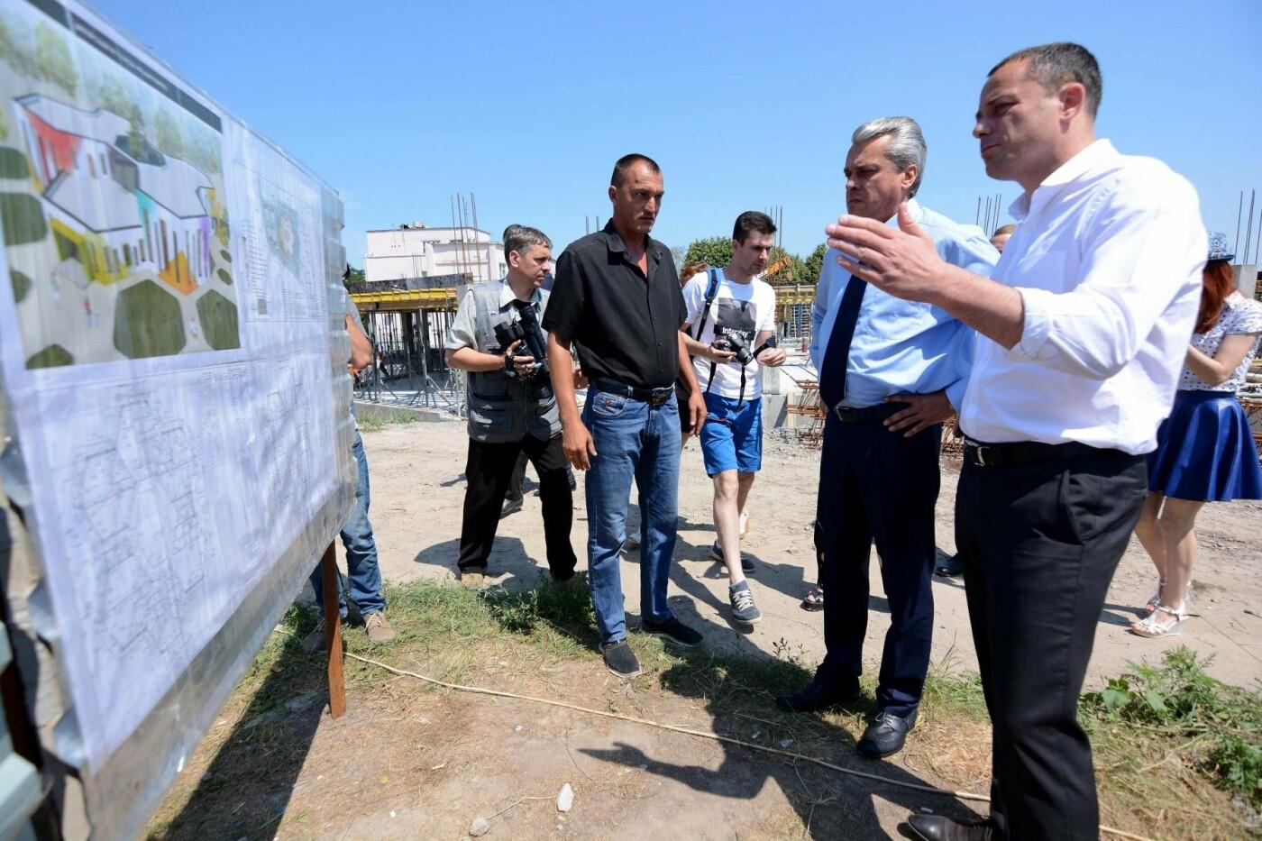 Строительство новых объектов в Каменском проверил замгубернатора, фото-4
