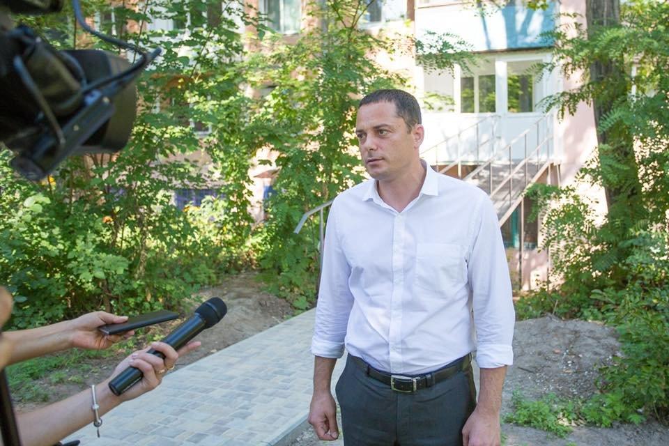 В Каменском помогают людям с ограниченными возможностями: ветеран МВД теперь сможет выходить на улицу, фото-5