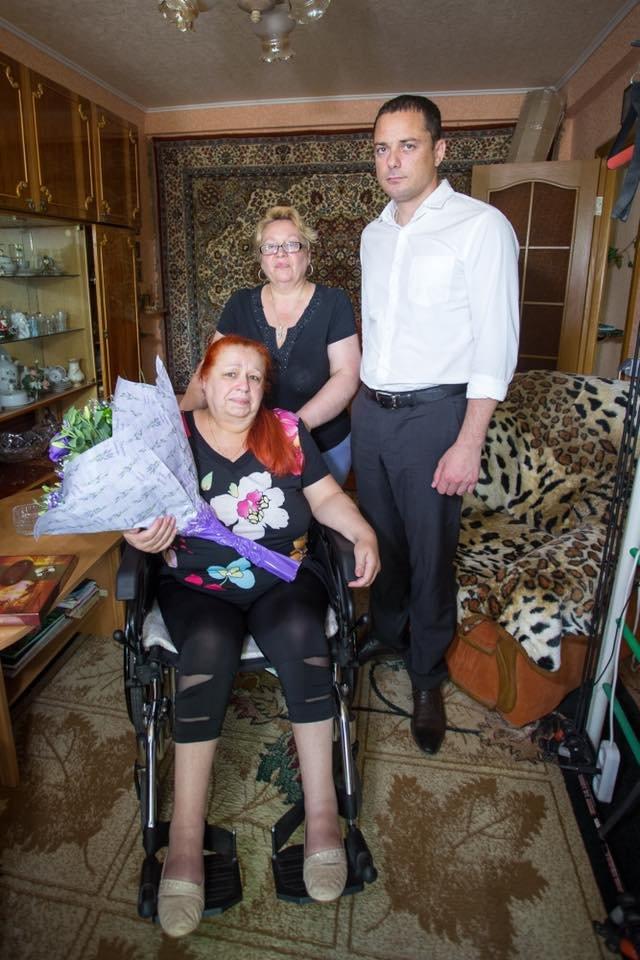 В Каменском помогают людям с ограниченными возможностями: ветеран МВД теперь сможет выходить на улицу, фото-1