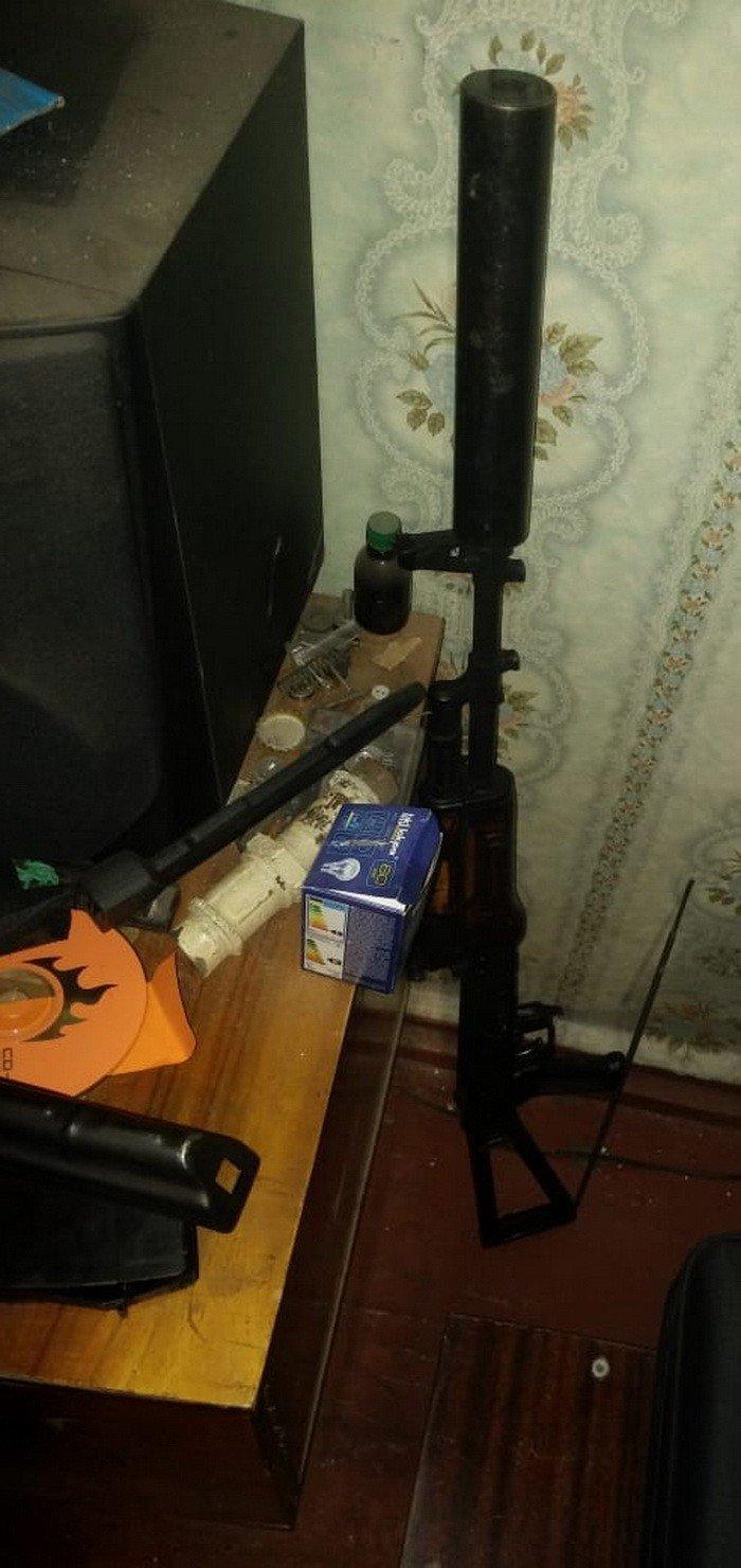 На Днепропетровщине оперативники СБУ задержали торговца оружием, фото-4