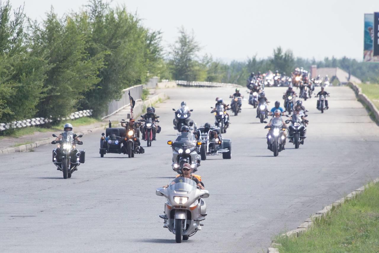 В Каменское съехались байкеры со всей Украины, фото-2