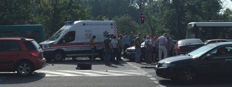 В Днепре произошло масштабное ДТП с пострадавшими, фото-1