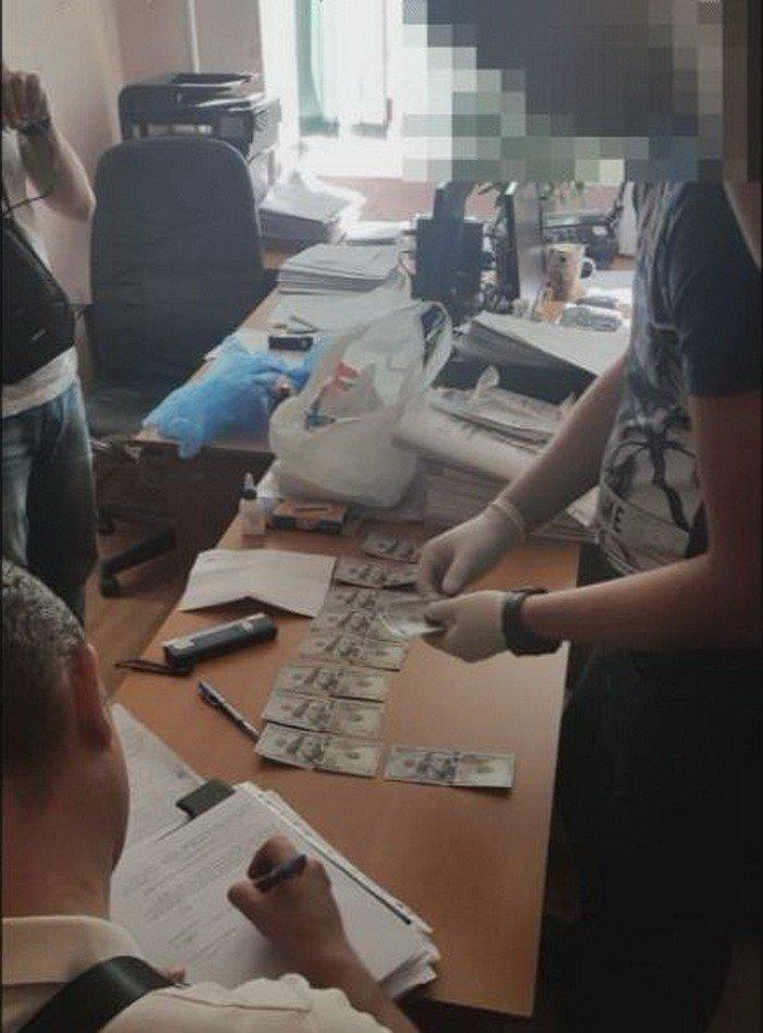В Днепре СБУшники поймали чиновника на взятках, фото-3