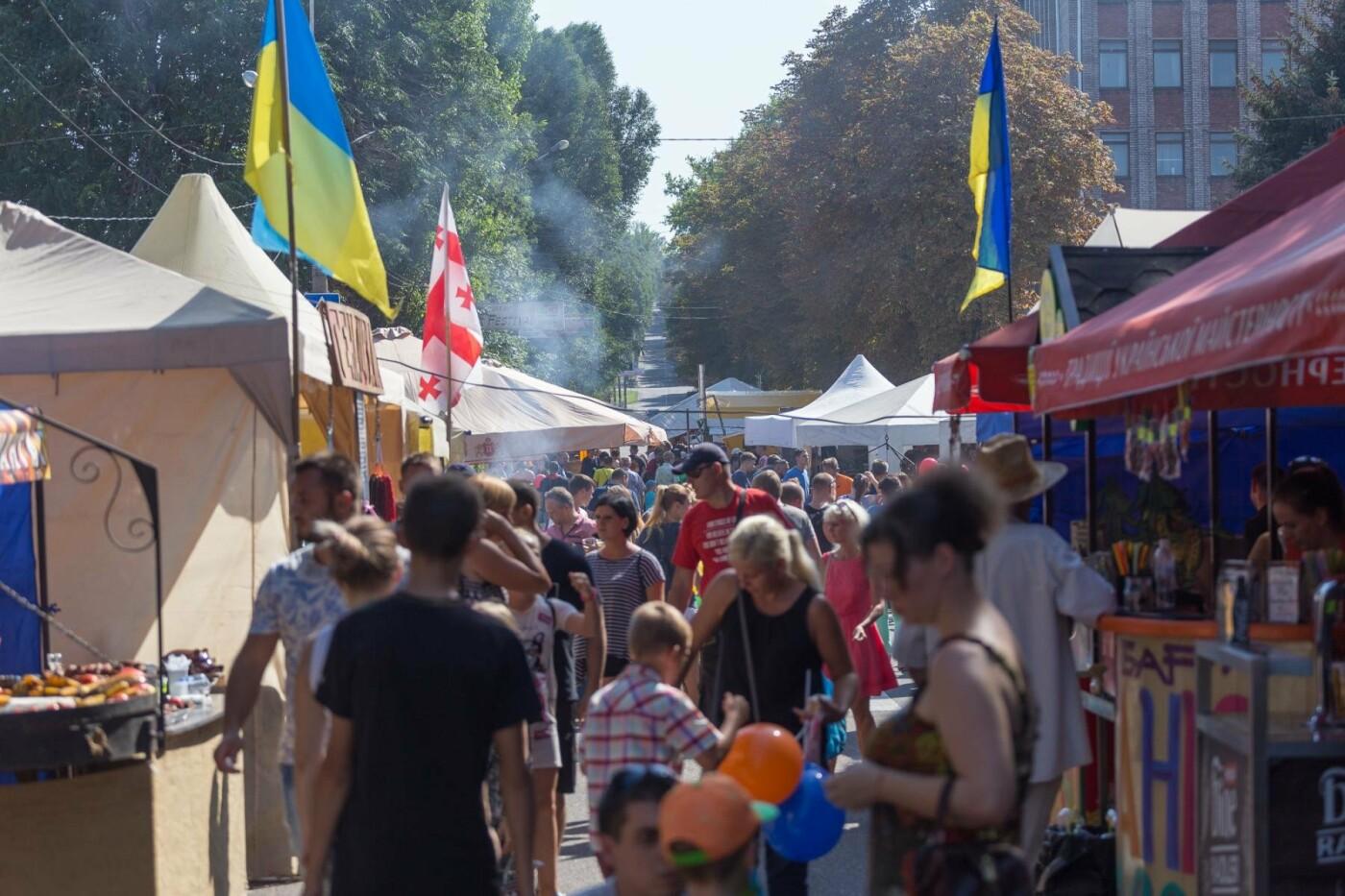 2015 пирожных: в Каменском установили рекорд Украины, фото-3