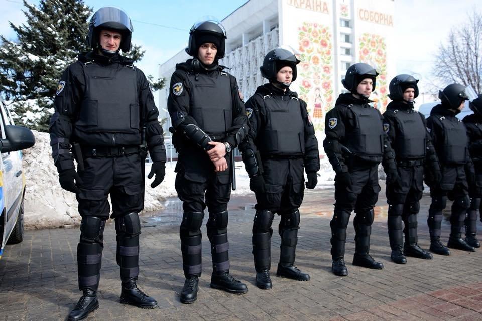 Каменская «Муниципальная гвардия»: «Никогда не пройдем мимо правонарушения», фото-1