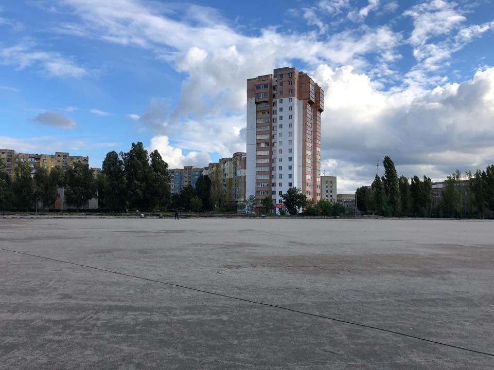 На левобережье Каменского продолжается строительство стадиона, фото-3