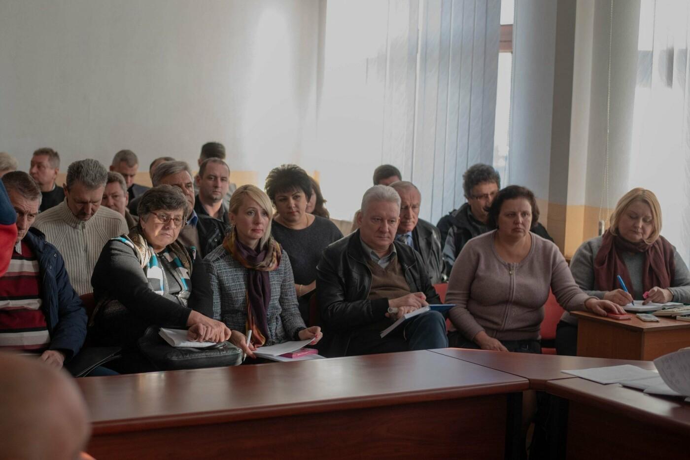 Дети будут с теплом: до включения «Днепровской ТЭЦ» в школы, садики и больницы Каменского передадут электропанели, фото-2