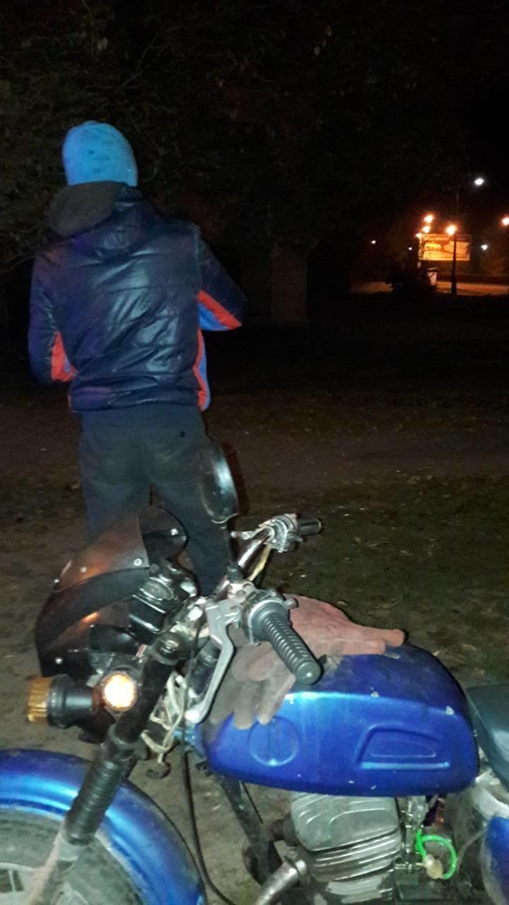 Гвардейцы Каменского задержали пьяного мотоциклиста, фото-1