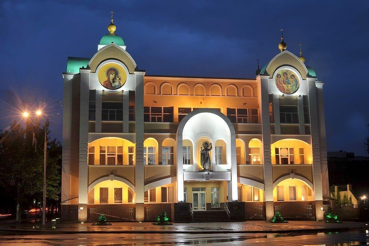 Роскошь и пособничество Кремлю: как живет архиепископ Каменской и Царичанский и другие представители Московского патриархата, фото-6