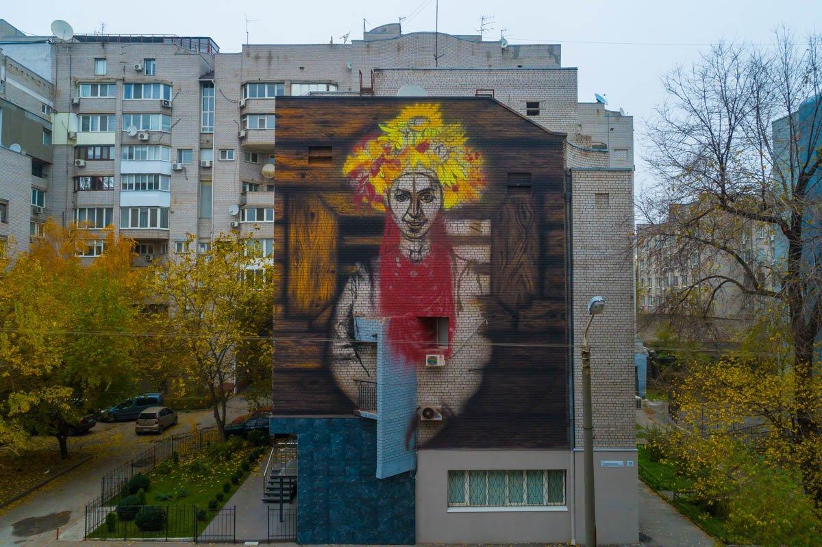 В Днепре каменской художник рисует девушку-осень , фото-2