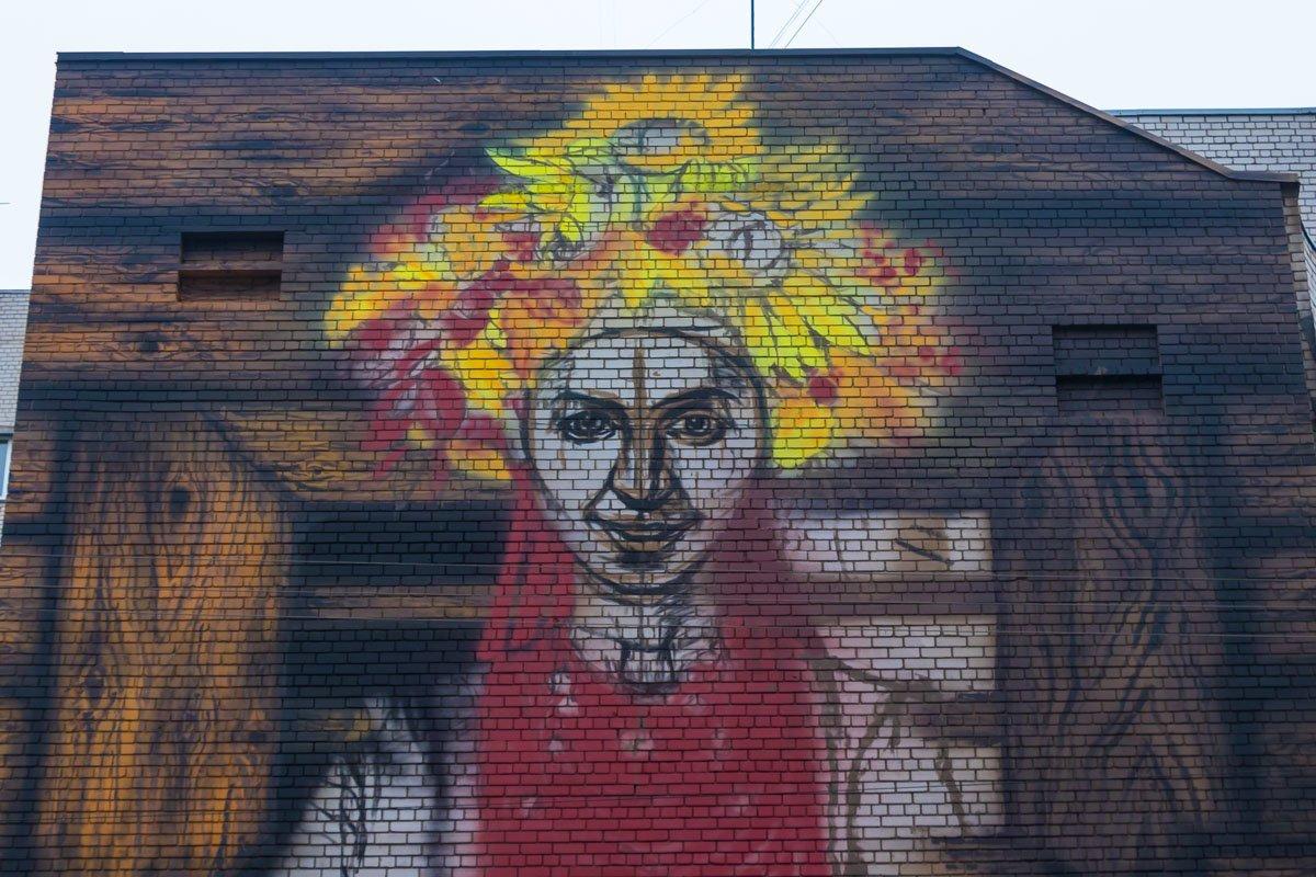 В Днепре каменской художник рисует девушку-осень , фото-3