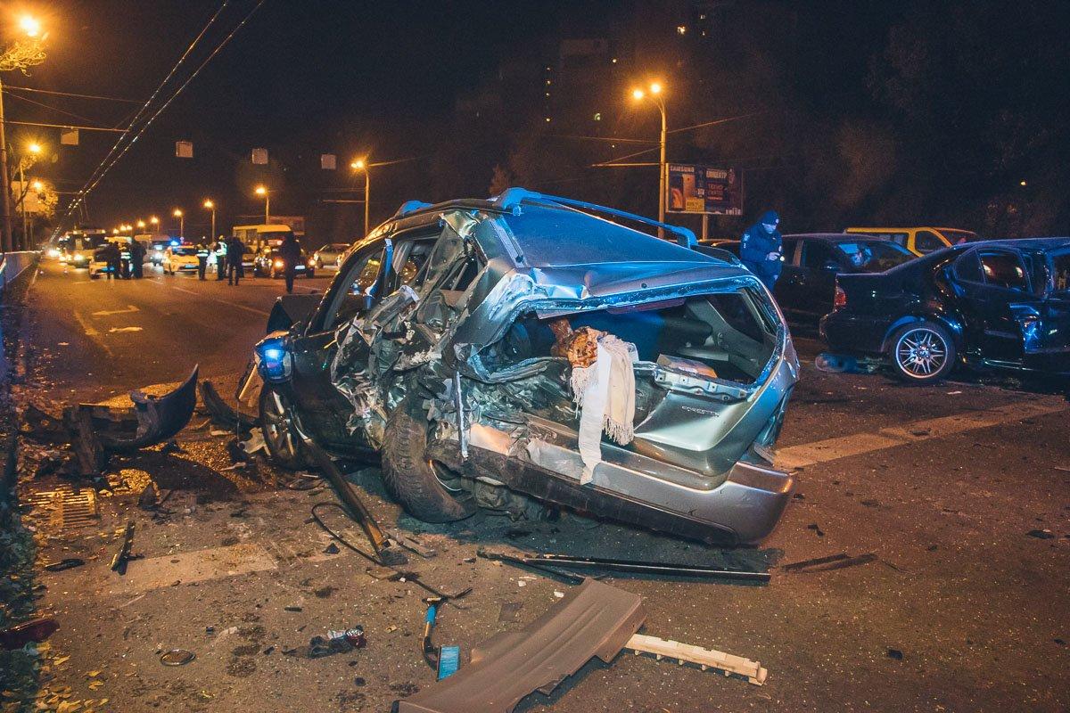 В Днепре мастштабное ДТП: столкнулись 10 автомобилей, есть пострадавшие, фото-7