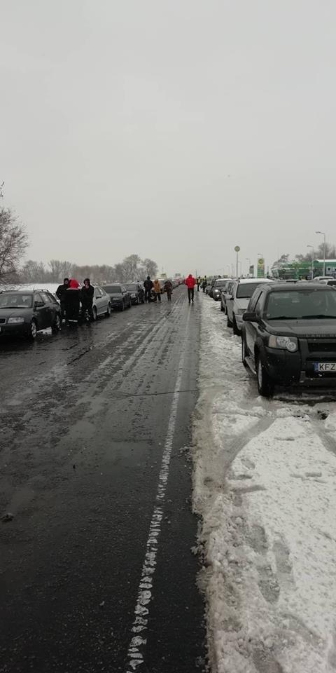 «Майдан евроблях»: под Каменским активисты перекрыли часть трассы, фото-7