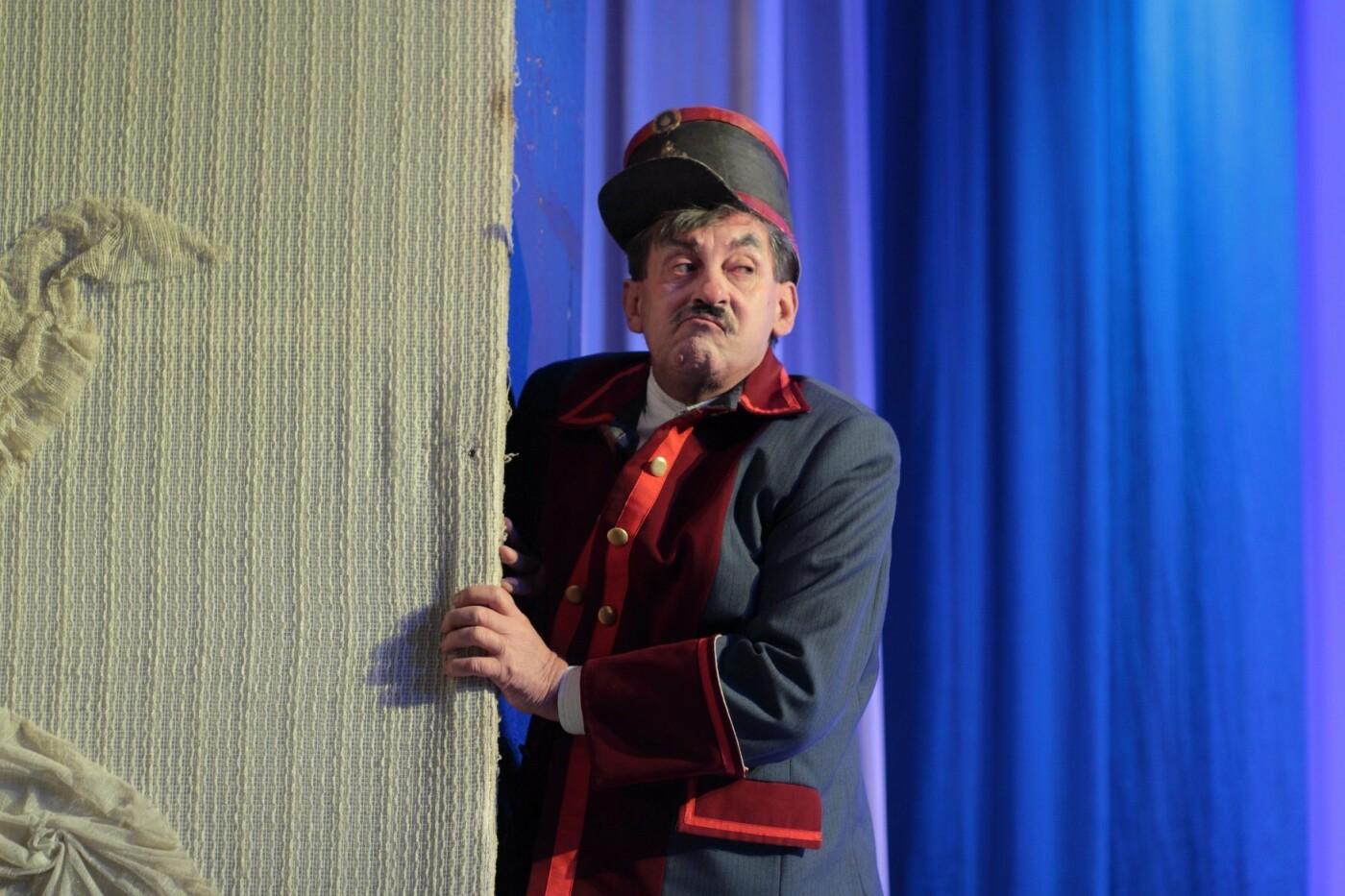 На сцену каменского театра вернулась «Летучая мышь», фото-6