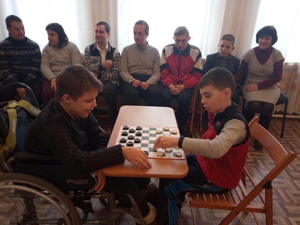 Воспитанники терцентра Южного района Каменского разыграли первенство по шашкам, фото-3