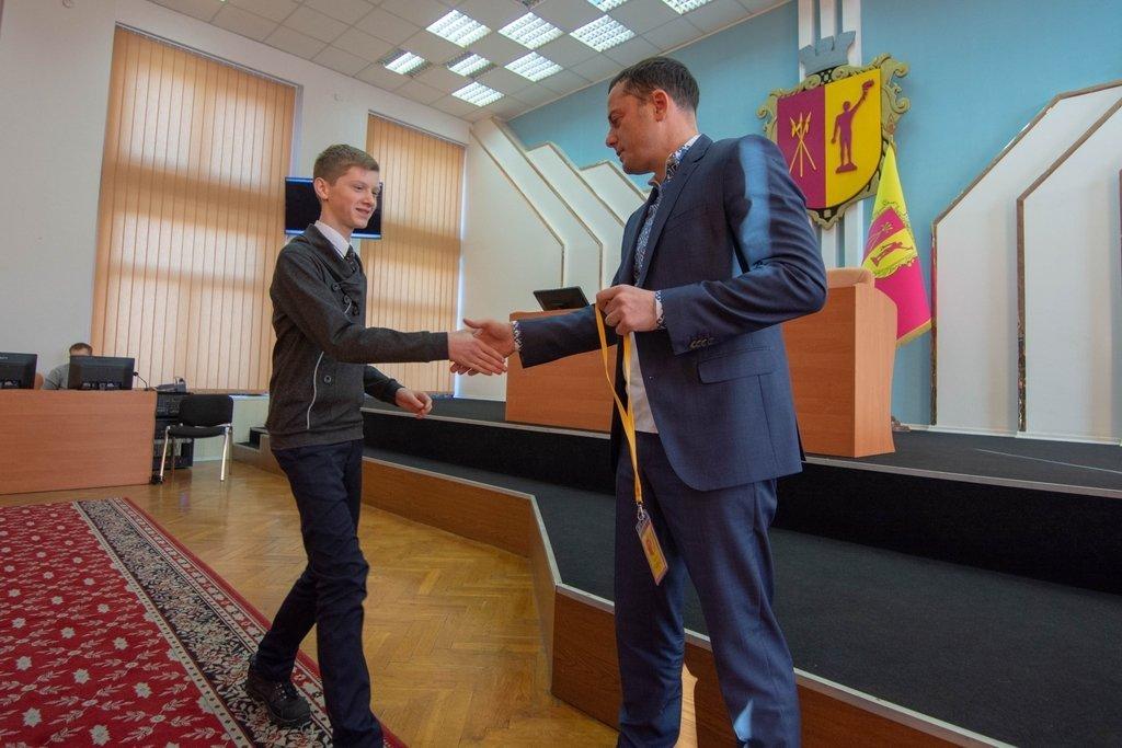 В Каменском заседали активисты Молодежного совета и мэр города, фото-5