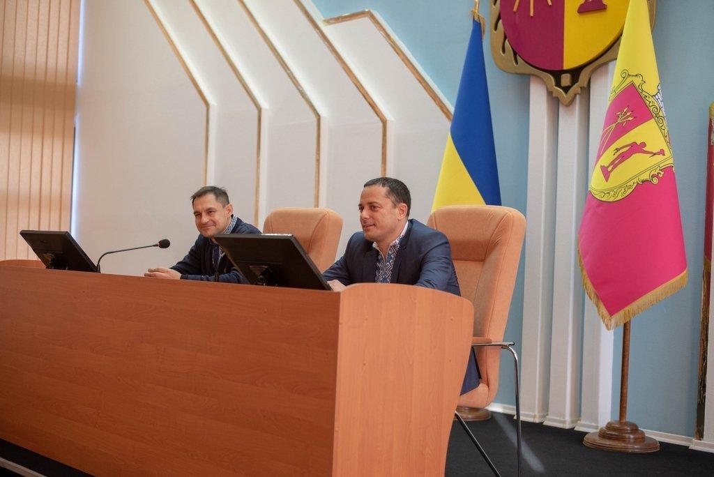 В Каменском заседали активисты Молодежного совета и мэр города, фото-2
