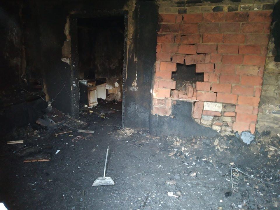 Поступок, достойный уважения: спасатели поблагодарили каменчанина, который спас из огня детей , фото-3