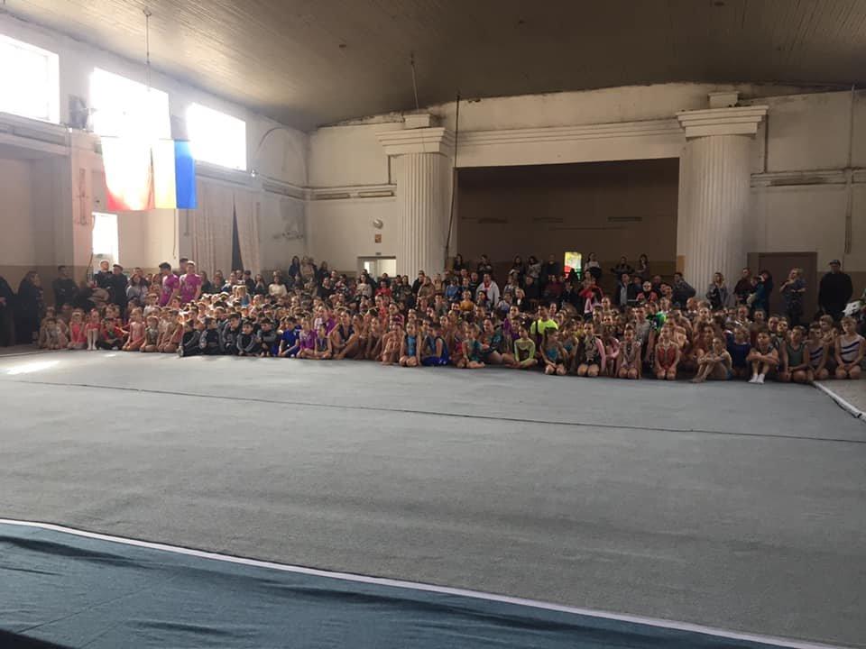 Каменские акробаты завоевали награды на открытом турнире в Кривом Роге, фото-2