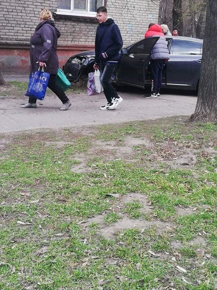 В Каменском на Сачко случилось жесткое ДТП: есть пострадавшие , фото-1