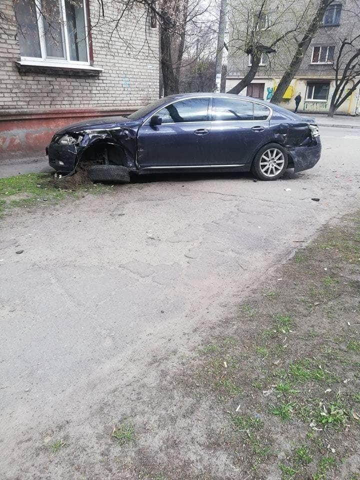 В Каменском на Сачко случилось жесткое ДТП: есть пострадавшие , фото-2
