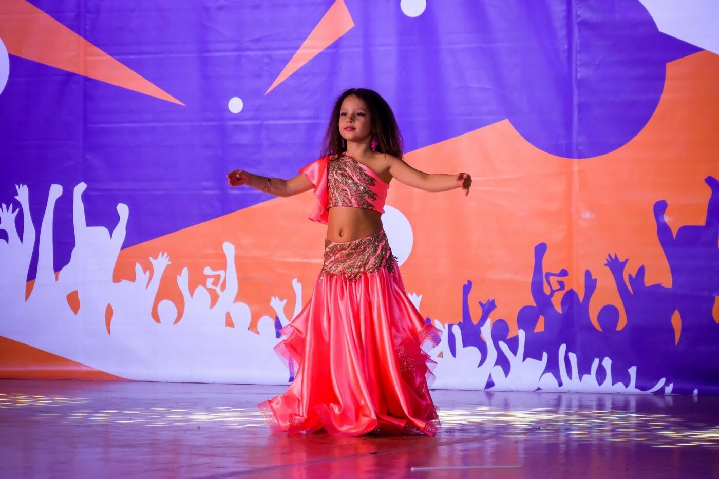 На пути к мечте: юные таланты «зажгли» сцену талант-фестиваля «Z_ефир» в Каменском, фото-19