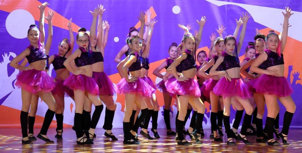 На пути к мечте: юные таланты «зажгли» сцену талант-фестиваля «Z_ефир» в Каменском, фото-9