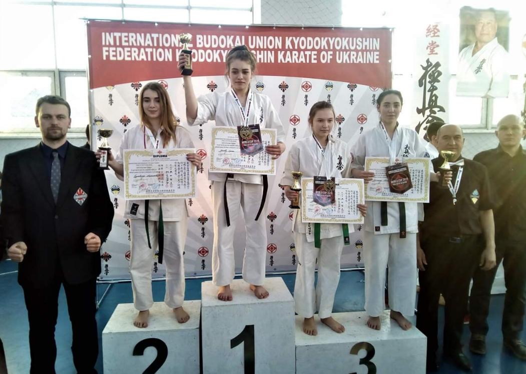 Каменские каратисты привезли 5 наград с международного турнира, фото-1