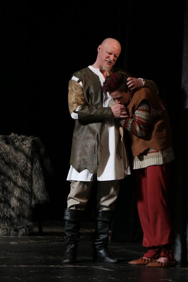 В Каменском театре показали историю любви и ненависти длиною в жизнь, фото-5