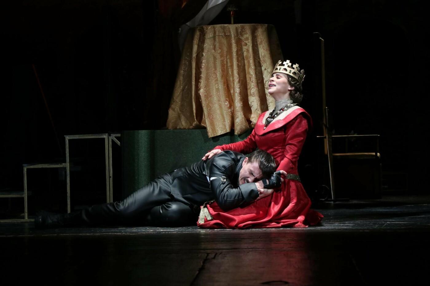 В Каменском театре показали историю любви и ненависти длиною в жизнь, фото-4