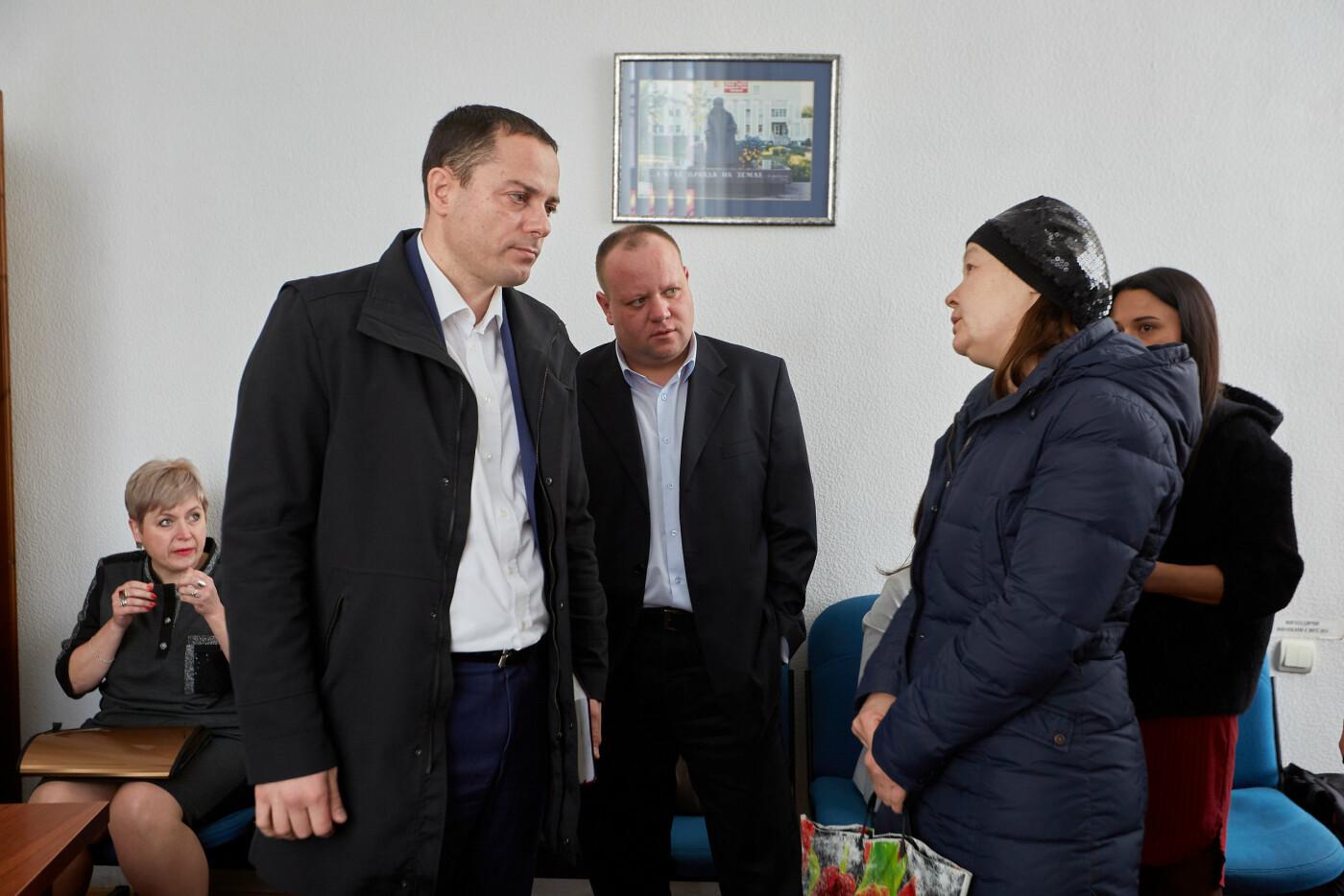 На личном контроле у мэра: городской голова Каменского провел очередной прием граждан, фото-1