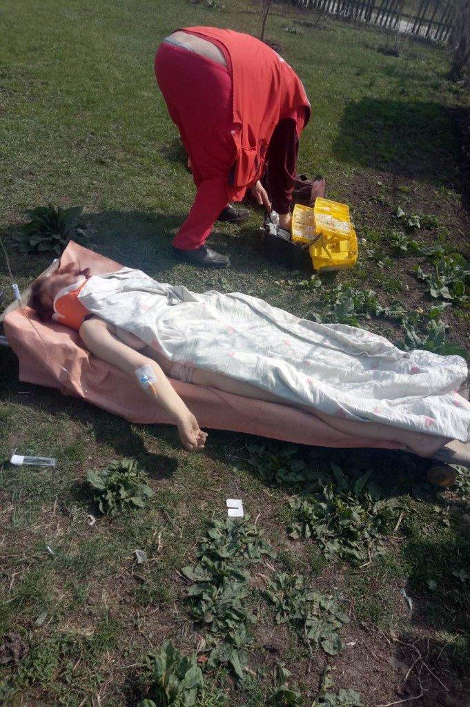 В каменскую больницу доставили женщину, которая упала в колодец, фото-2