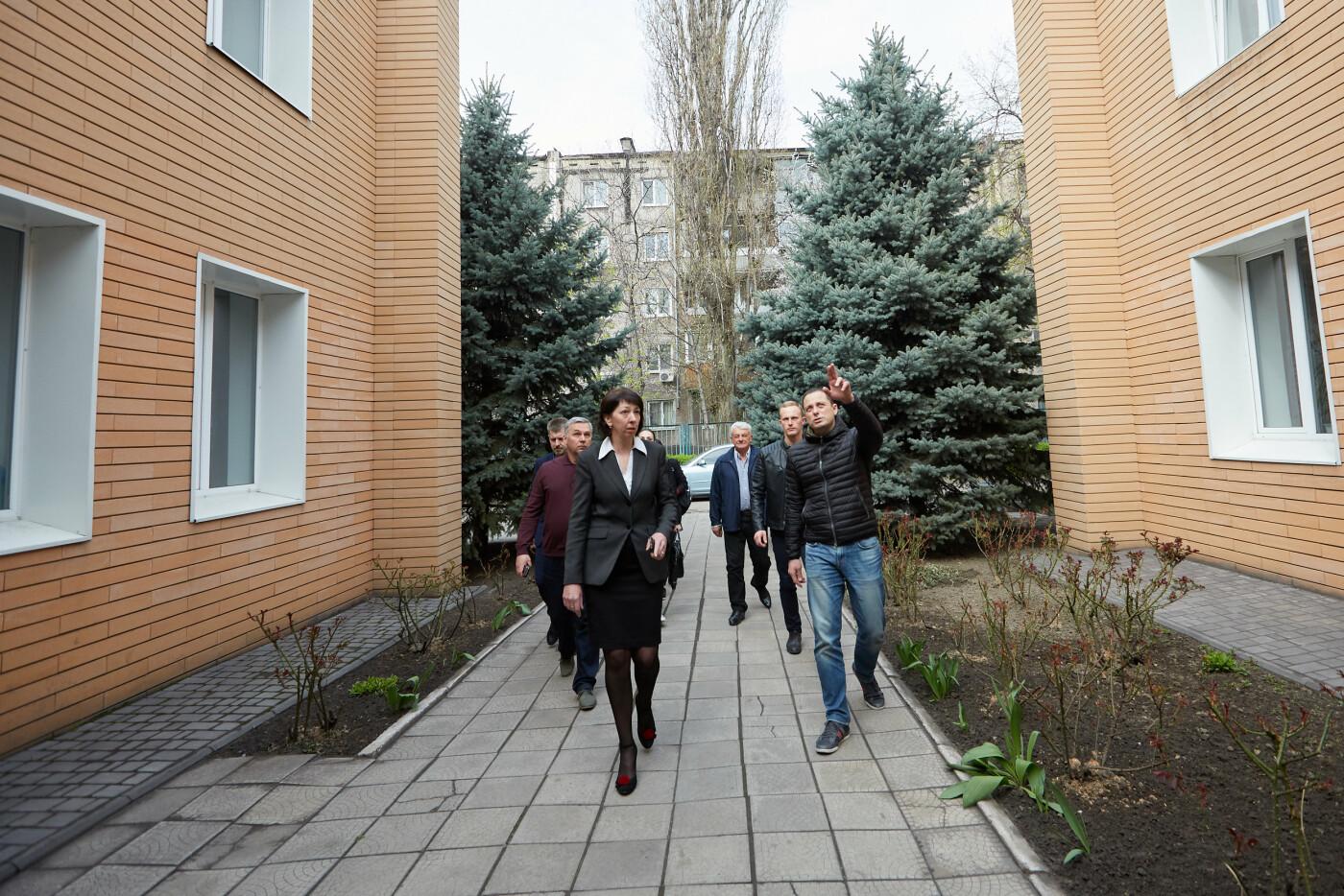 В Каменском завершается реконструкция отделений реабилитации для детей с инвалидностью, фото-1