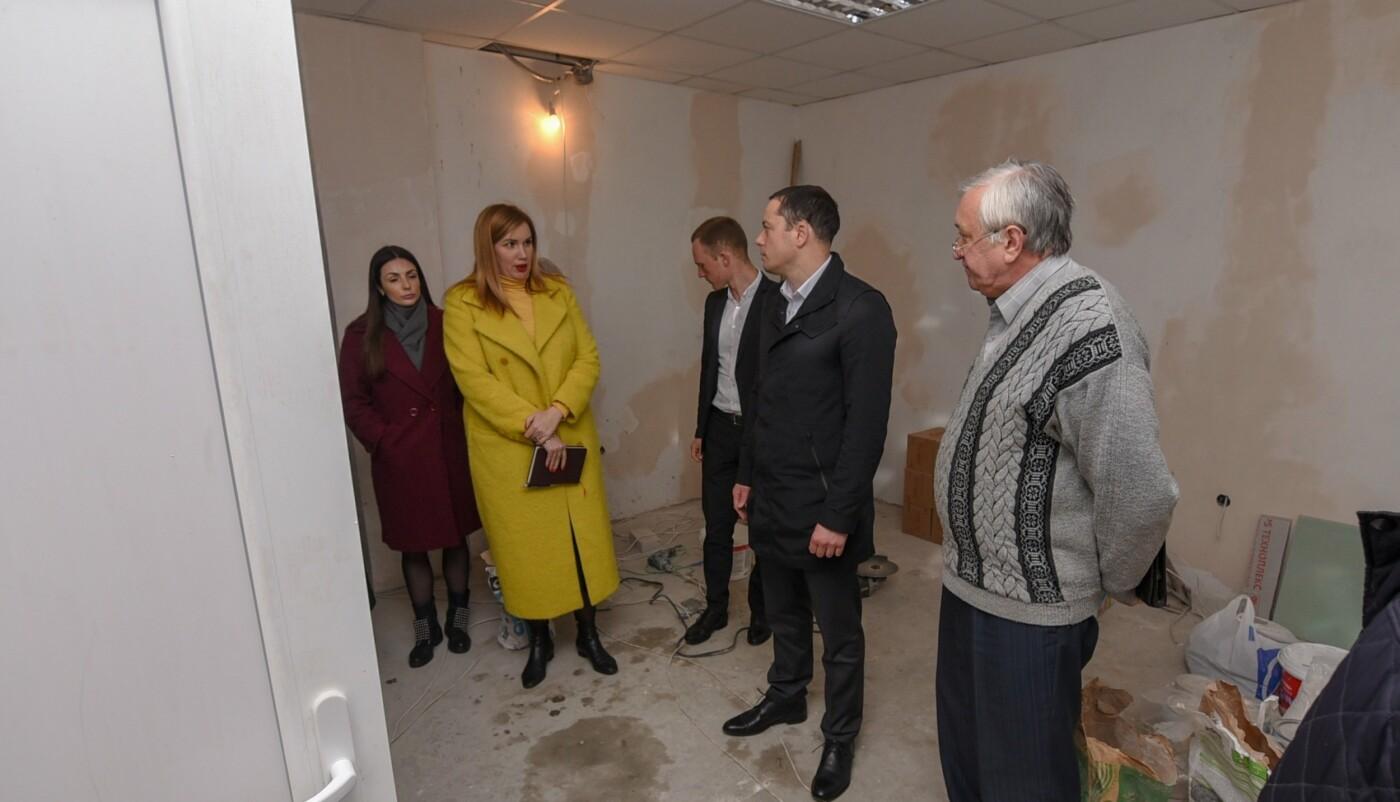 В Каменском ремонтируют больницы и создают Центр реабилитации, фото-1