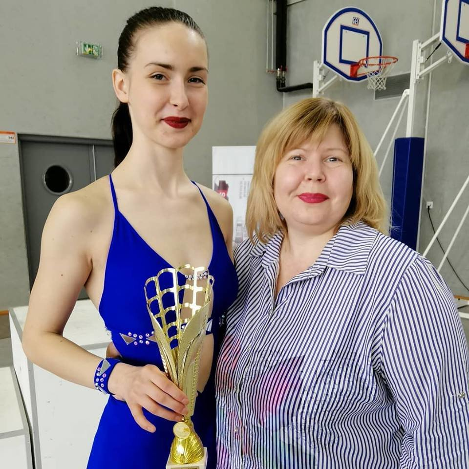 Фигуристка из Каменского победила на международном турнире во Франции, фото-1