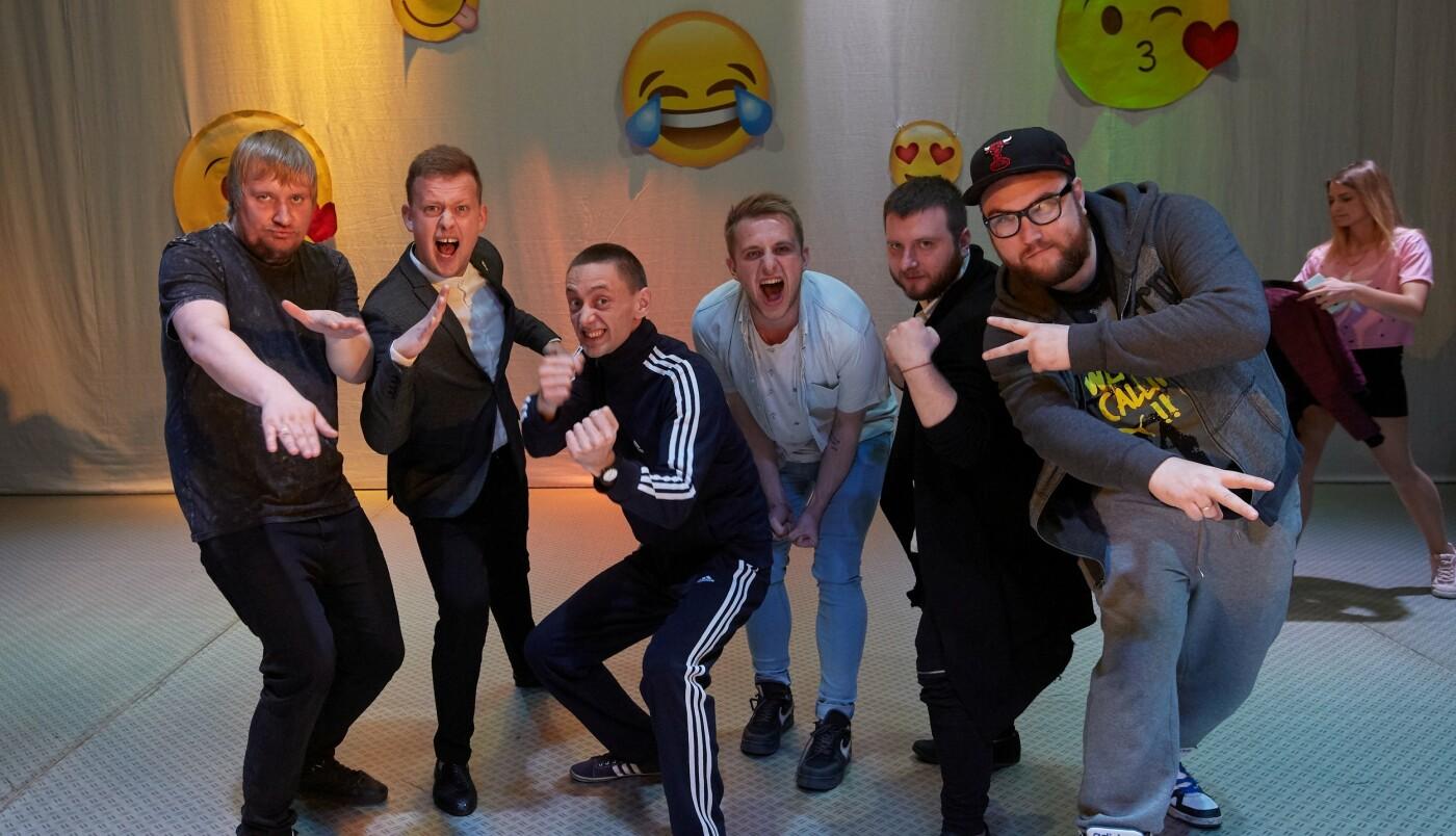 Шутки, смех и море позитива: в Каменском прошел гала-концерт фестиваля «Точка прикола», фото-8