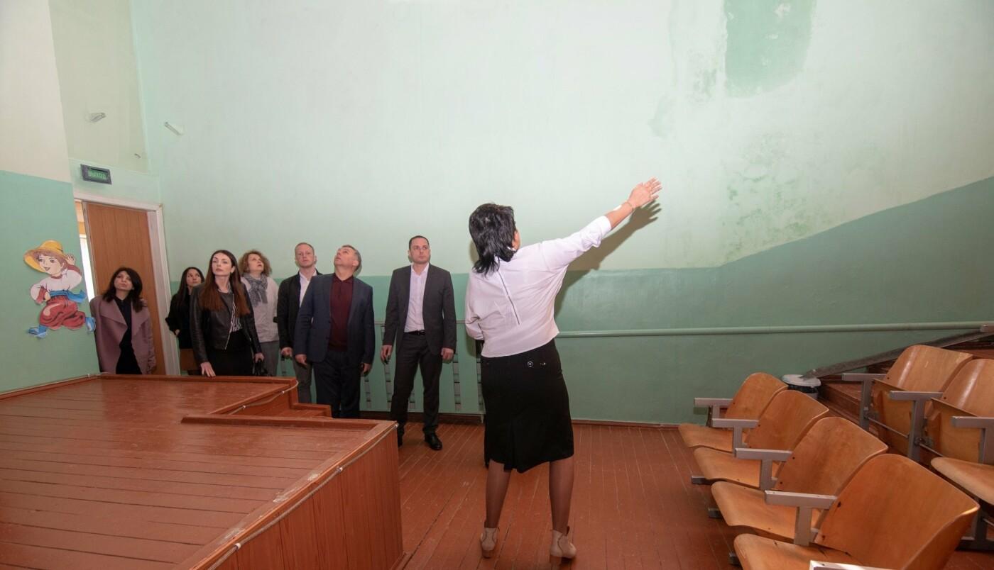 В учебных заведениях Каменского продолжаются капитальные ремонты, фото-2