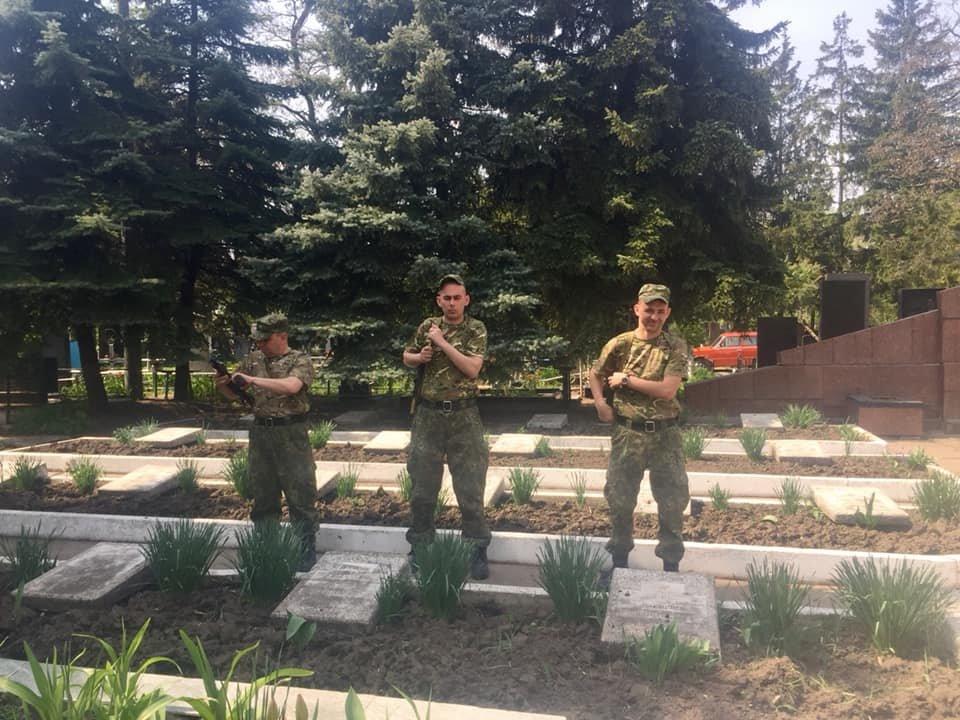 В Каменском попрощались с погибшим на Донбассе воином, фото-21