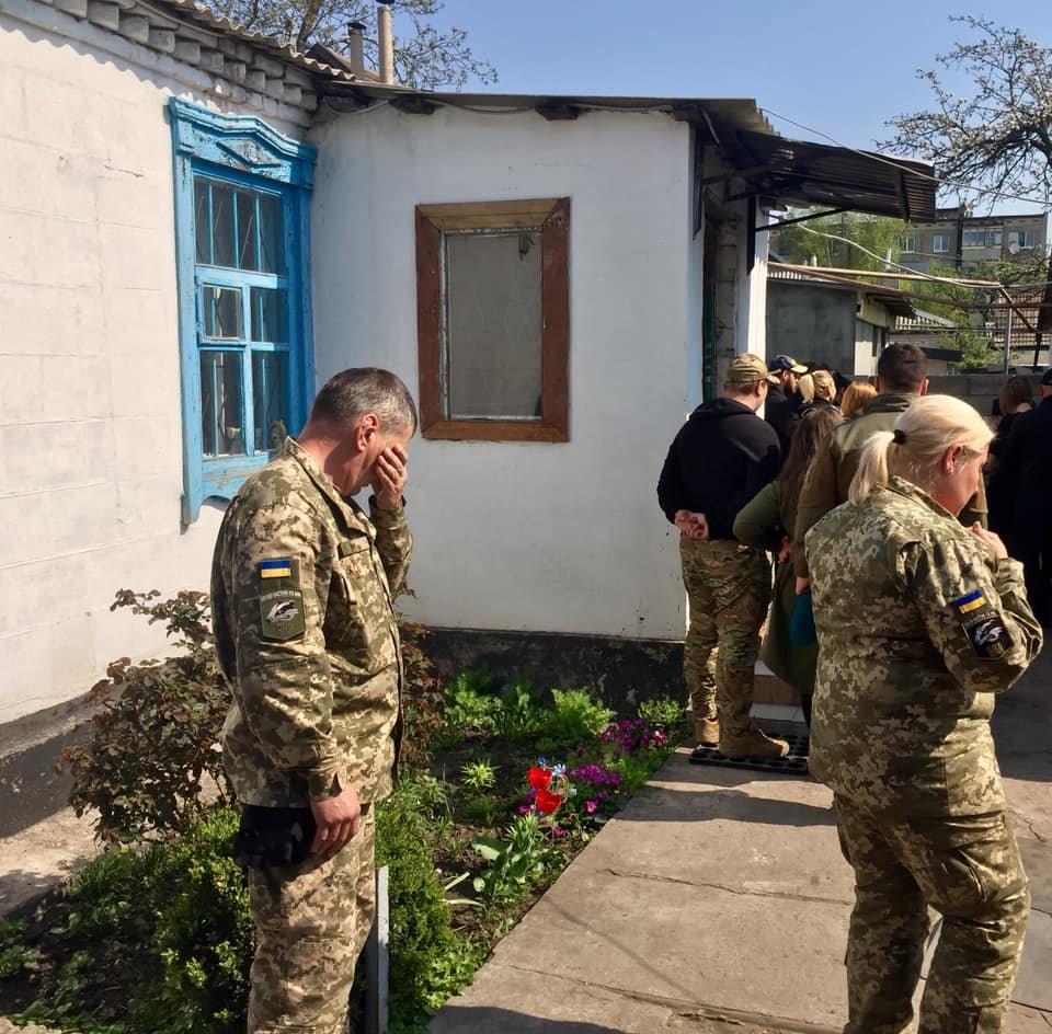 В Каменском попрощались с погибшим на Донбассе воином, фото-5