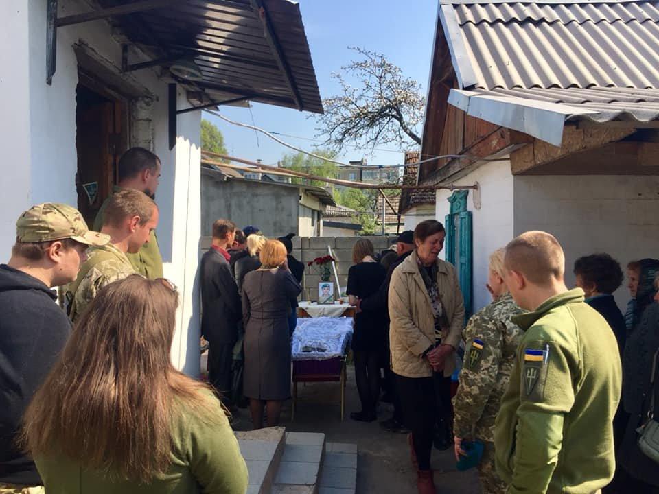 В Каменском попрощались с погибшим на Донбассе воином, фото-8