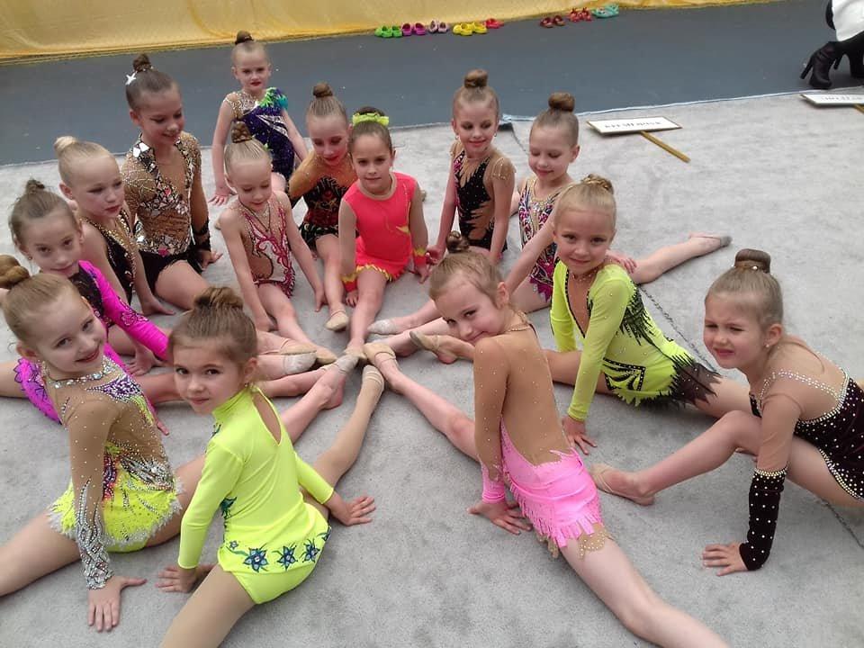 Каменские гимнастки успешно выступили на выездных соревнованиях, фото-10