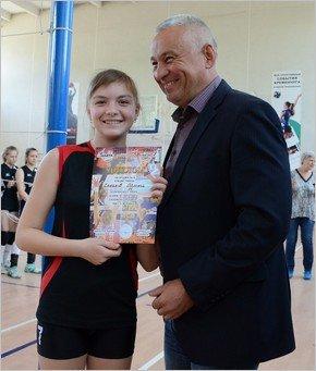 Женская волейбольная команда из Каменского стала призером чемпионата области, фото-5
