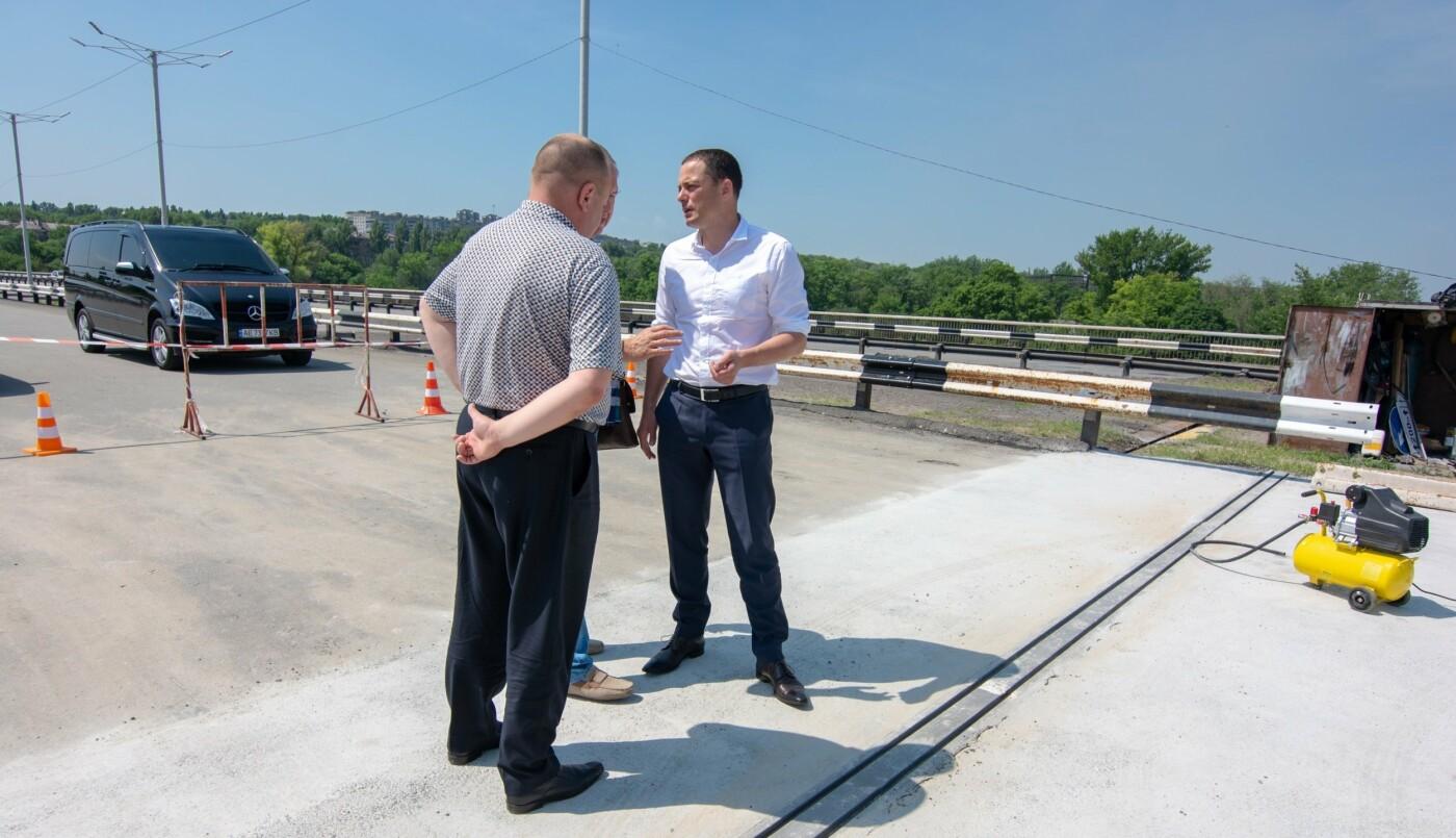 В Каменском на мосту завершают капремонт аварийного деформационного шва, фото-3
