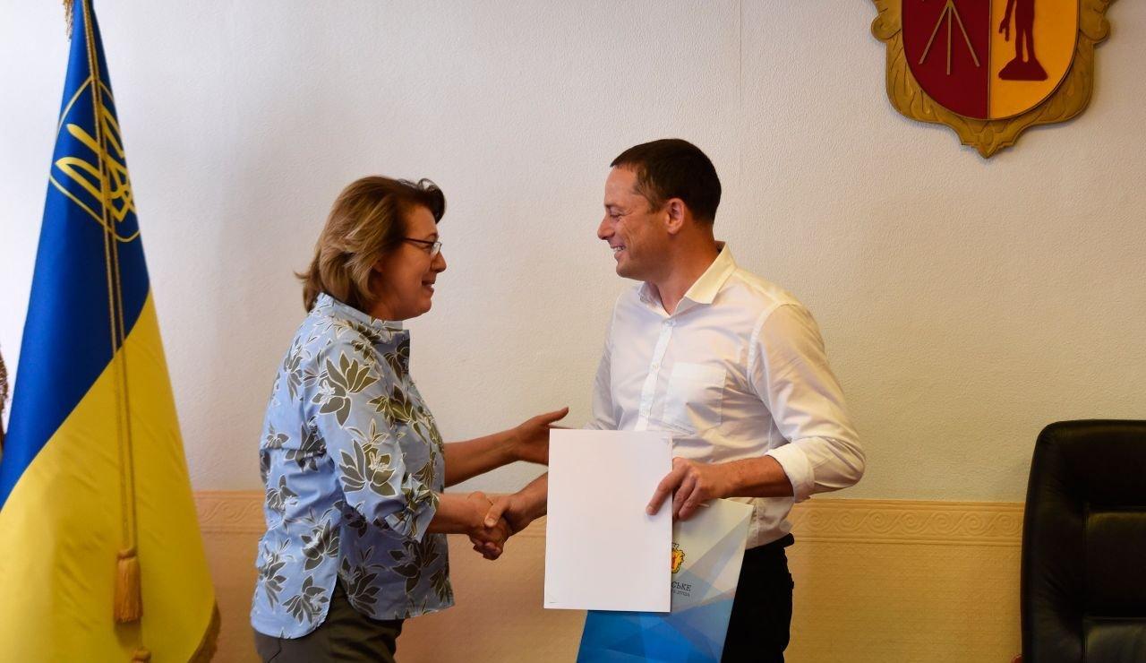 Журналистов Каменского поздравили с профессиональным праздником, фото-1
