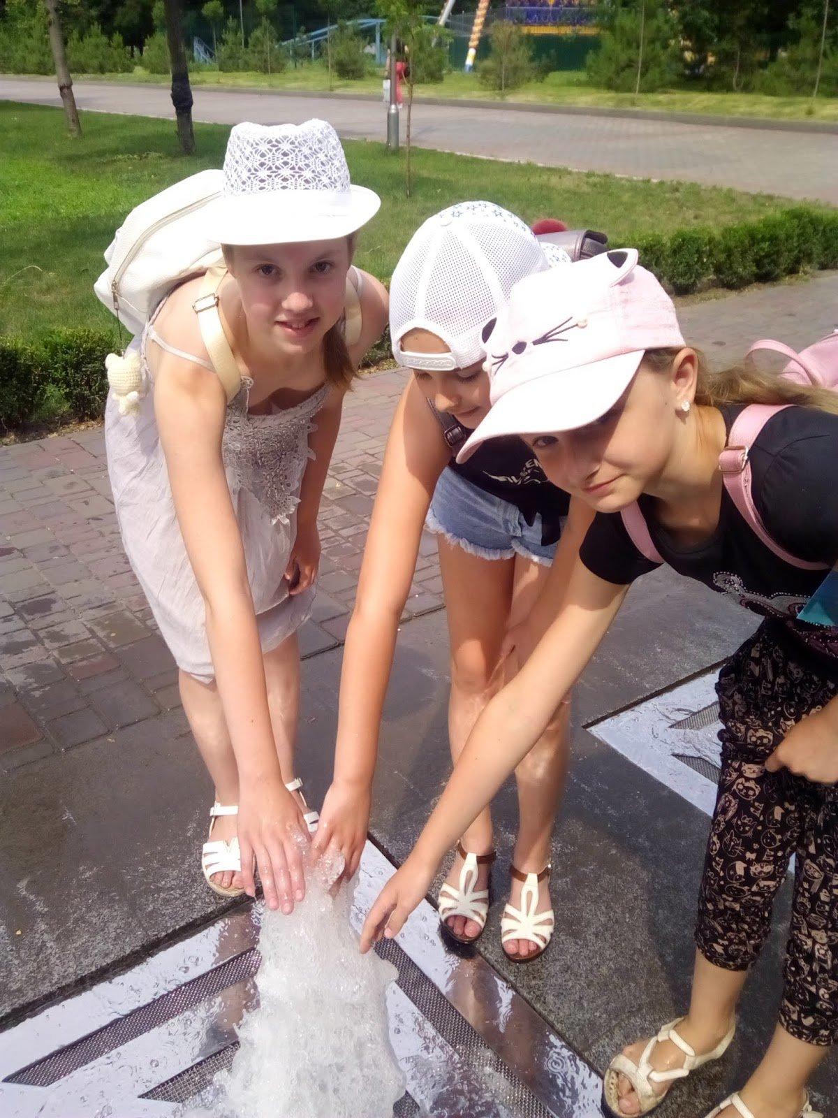 Каменским школьникам провели экскурсию центральным парком, фото-10
