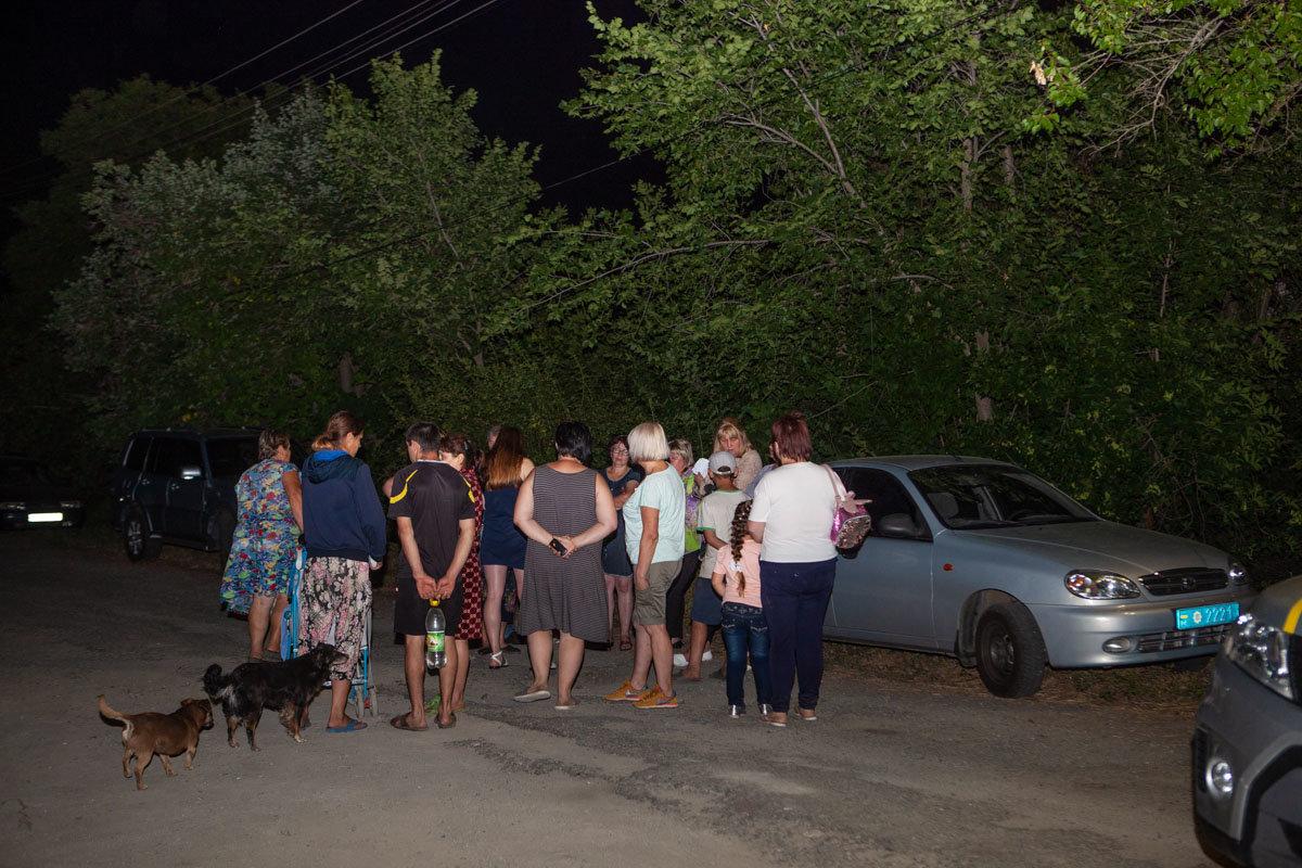 На Днепропетровщине из-за взрыва на детской площадке пострадали дети, фото-7