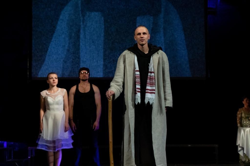 В Каменском театральный сезон закрыли сказкой для взрослых, фото-6