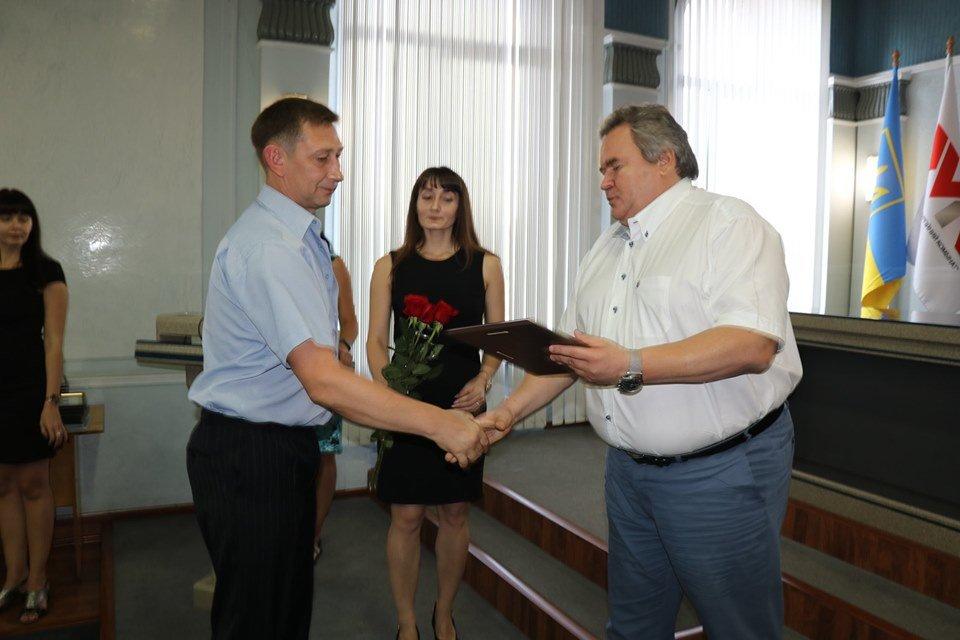 В Каменском на ДМК наградили и премировали металлургов, фото-3