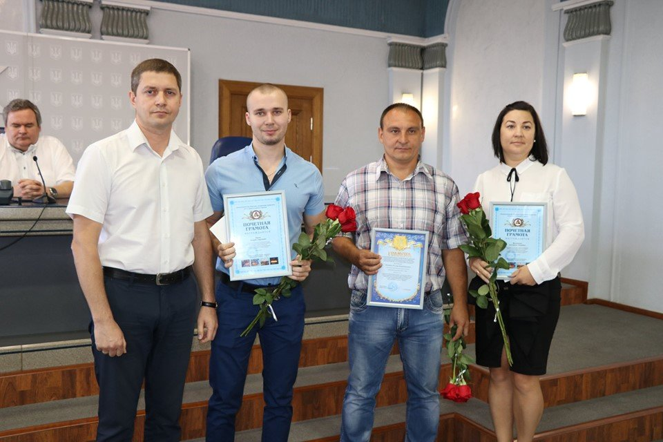 В Каменском на ДМК наградили и премировали металлургов, фото-15