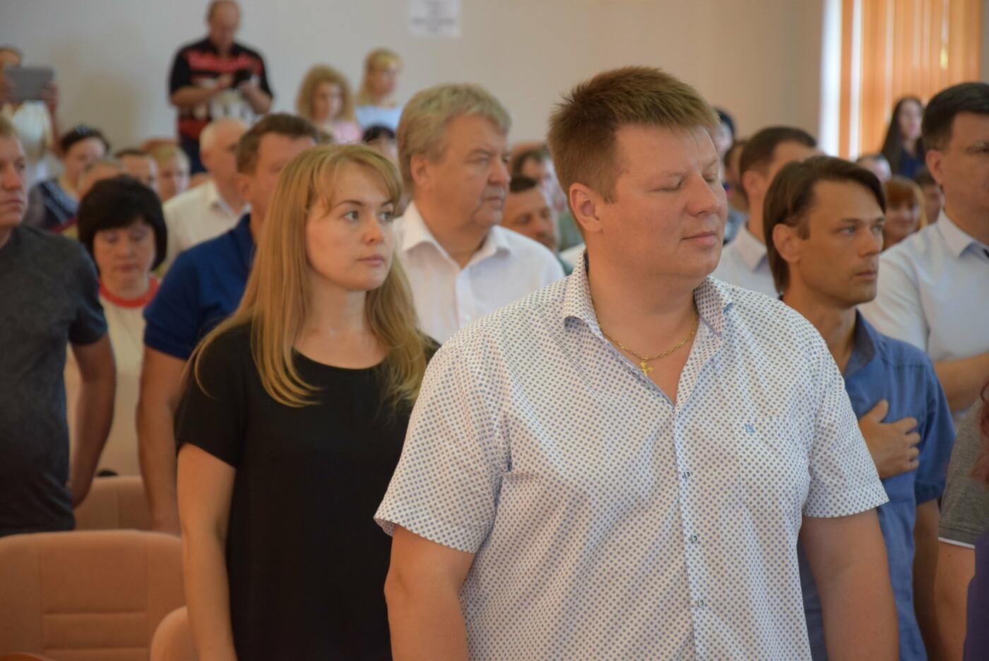 Городской транспорт, водоснабжение и отопление: в Каменском прошла очередная сессия горсовета, фото-6